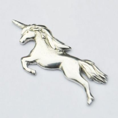 Unicorn brooch B100